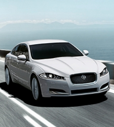 Un Jaguar XF con 13.000 euros de descuento - 225x250