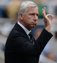 pardew-newcastle-reuters.jpg