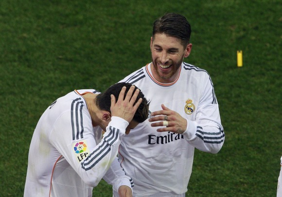 Ramos-CR7-mecherazo-2014-efe.jpg