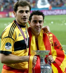 Iker Casillas y Xavi Hernndez