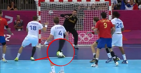 Balonmano-gol-ilegal-espana-2012.jpg
