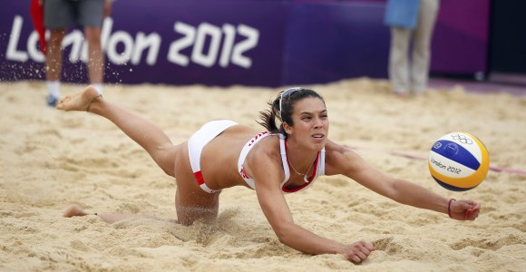 Baquerizo-2012-Voley-playa-Reuters.jpg