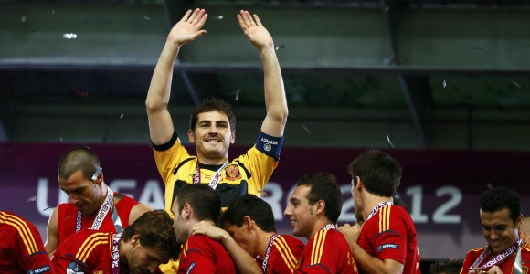 Casillas-Celebra-Eurocopa-2012-Reuters.jpg