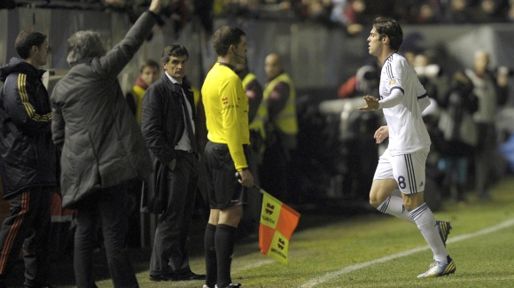Kaka-expulsion-pamplona-2013-efe.jpg - 640x450