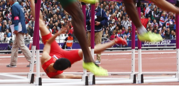 Liu-Xiang-caida-Londres-2012.jpg
