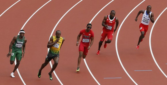bolt-200m.jpg