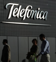 Telefonica1.JPG - 225x250