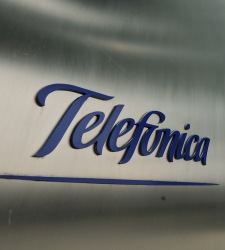 Logo de telefnica - 225x250
