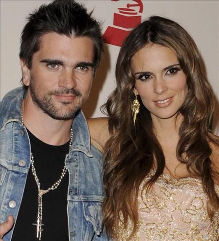 Juanes with cool, hot, beautiful, sexy, cute, Wife Karen Martínez