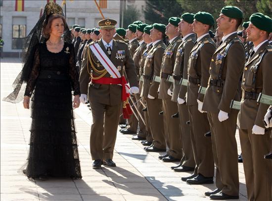 http://s01.s3c.es/imag/efe/2010/10/20/20101020-3420067w.jpg